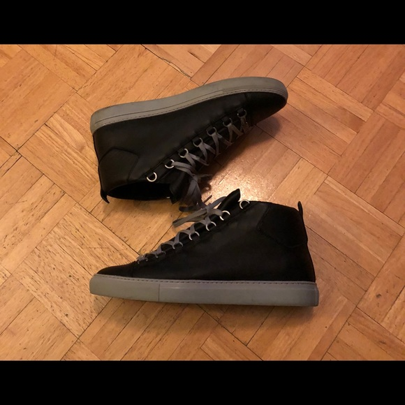 Balenciaga Other - Authentic Balenciaga  Arena size 44 US 11
